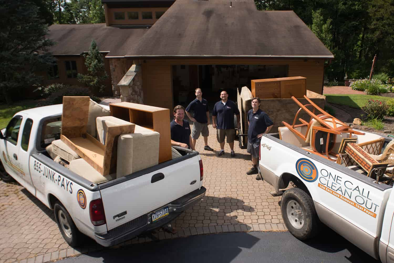 LOW COST Junk Removal. Local. Arrival in 24-Hours!+(215) 767-3051